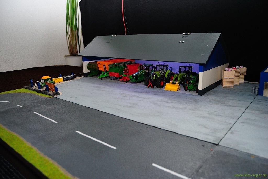 diorama siku control 32 agrarmodellbau bauernhof bauen. Black Bedroom Furniture Sets. Home Design Ideas